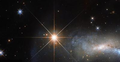 Trovata la stella più piccola simile alla Terra