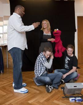 Kevin Clash, Thomas Roos, Signe og Elmo