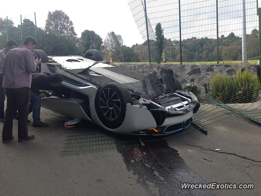 Bmw I8 Flips Over In Mexico Crash