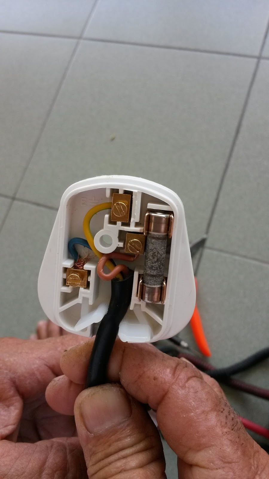 Homemade Foods Inspiration Change China 3 Pin Plug To Malaysia Wiring Electrical Plugs Uk 220v 250v And Into Your Seed Electric Lunch Box Below Is The Picture Illustration I My Original