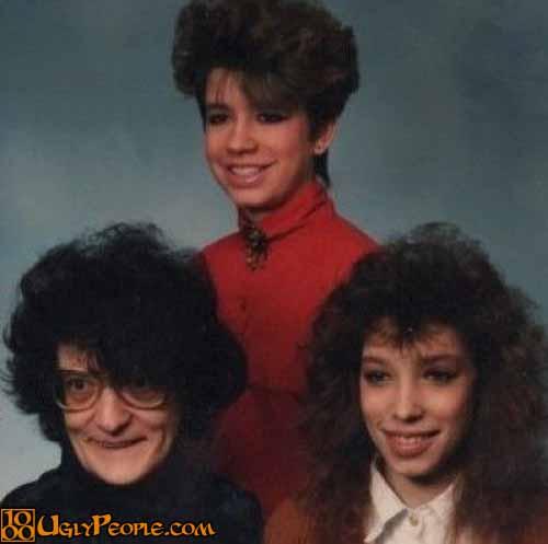 foto keluarga lucu dan aneh