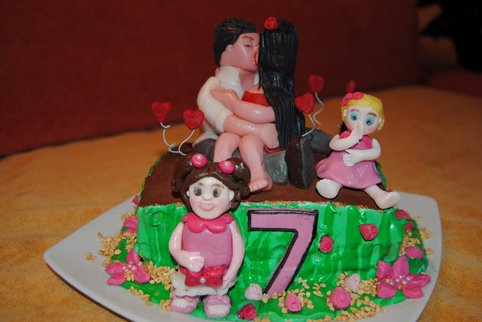 Eccezionale tutti pazzi per le torte: torta 7°anniversario di matrimonio OL16