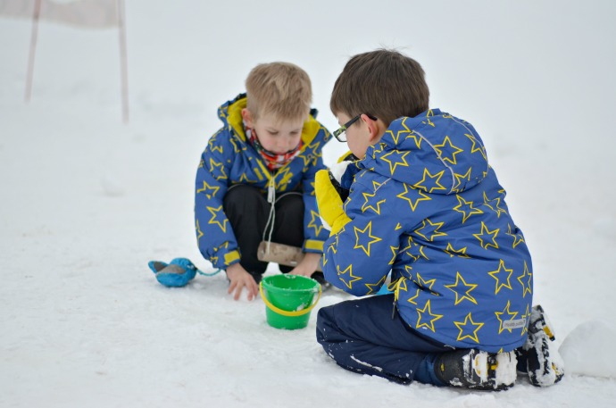 Snowbizz, family ski holiday, muddy puddles ski jackets