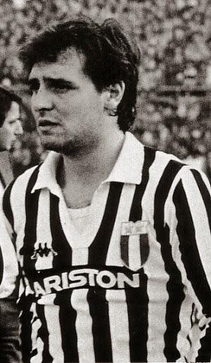 Cesare Prandelli durante su etapa en la Juventus