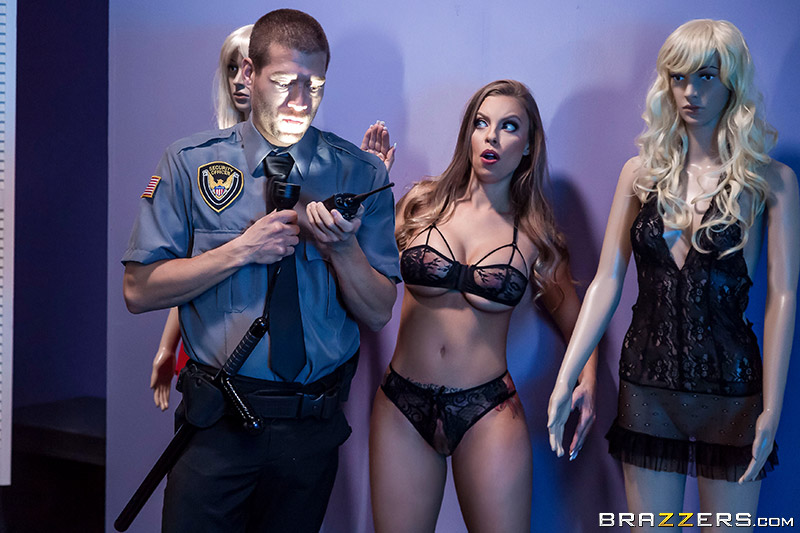 UNCENSORED Brazzers Exxtra – Britney Amber The Mannequin And The Security Guard, AV uncensored