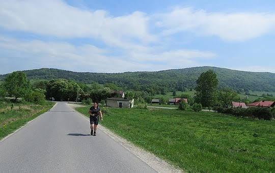 Opuszczamy dolinę Ropy i Hańczową.