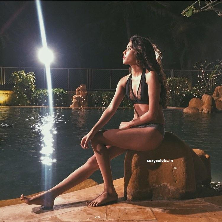 Shivani Singh Sexy Miss Universe in Bikini