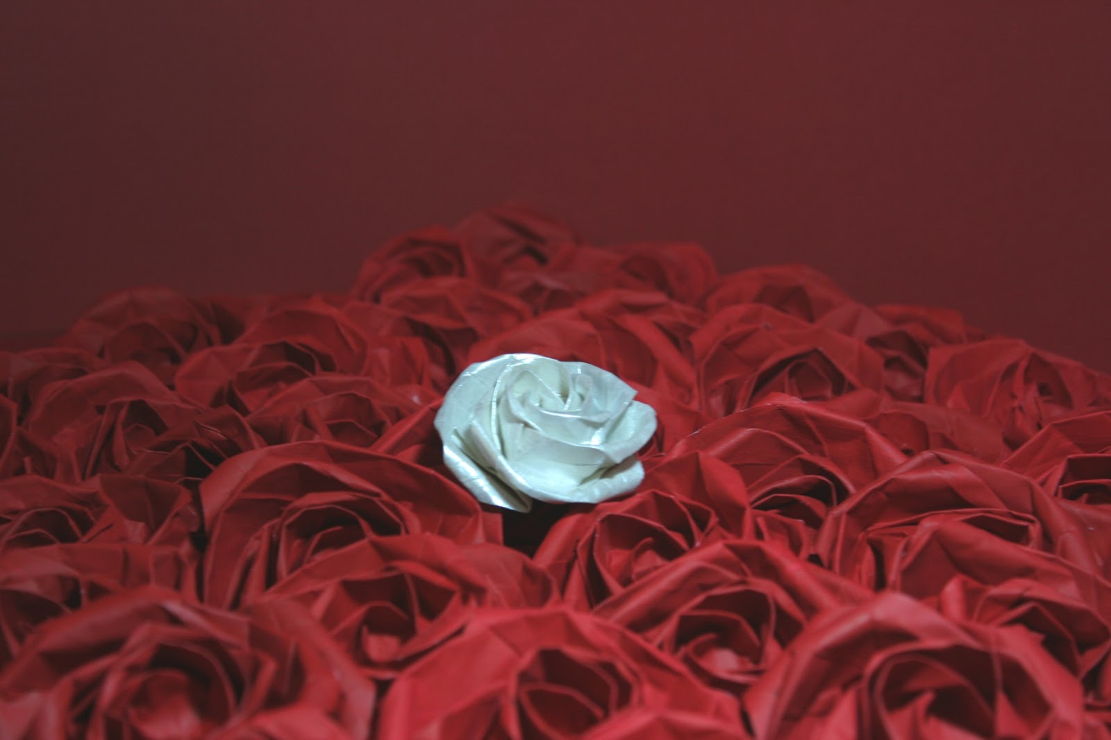 ORIGAMI CONSTRUCTIONS: Bouquet of Origami Roses - photo#18