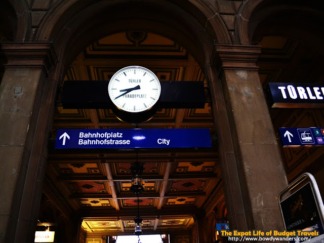 bowdywanders.com Singapore Travel Blog Philippines Photo :: Singapore :: Why Become an Official Bystander in Zürich