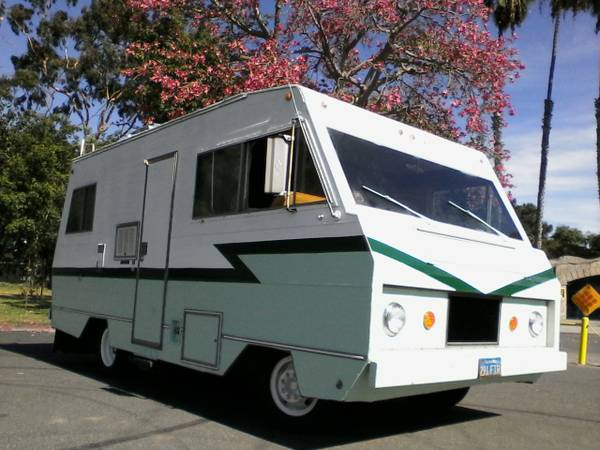 used rvs classic motorhome 1972 dodge escapade for sale by owner. Black Bedroom Furniture Sets. Home Design Ideas