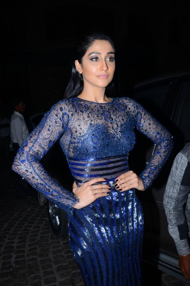Regina Stills At Filmfare Awards In Blue Dress