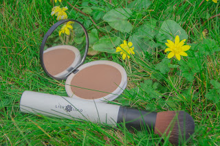 bronzer et pinceau lily lolo bio vegan