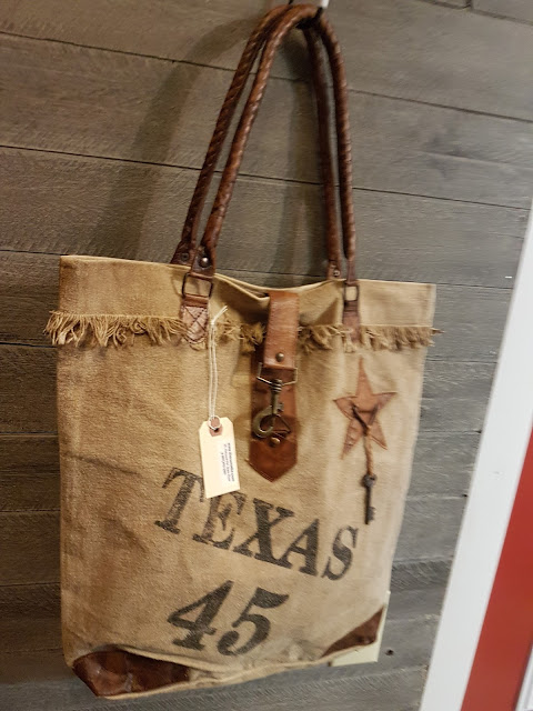 Texas boho handbag, The Camellia