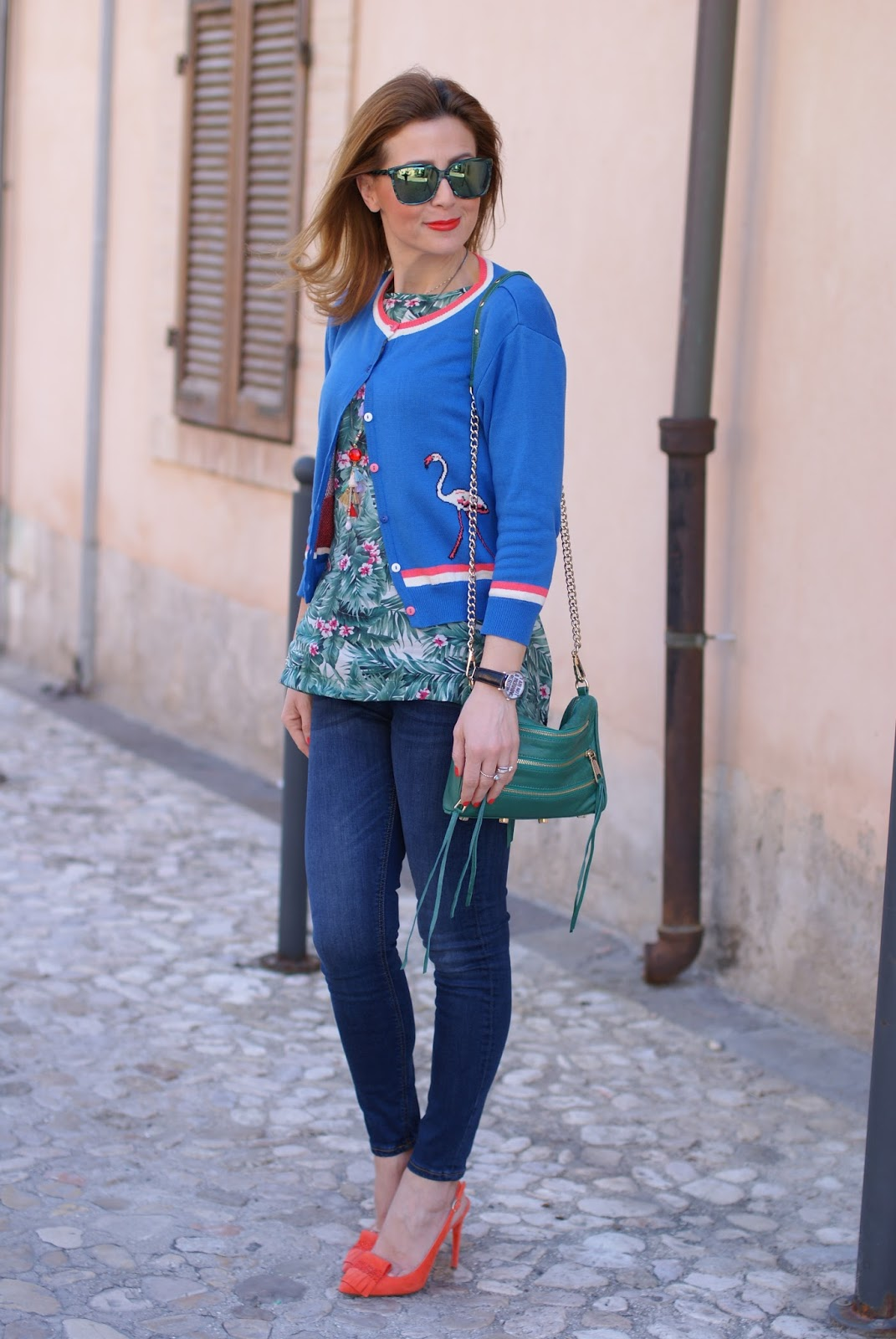 Bryony flamingo cardigan and Mismash Askani t-shirt on Fashion and Cookies fashion blog, fashion blogger style
