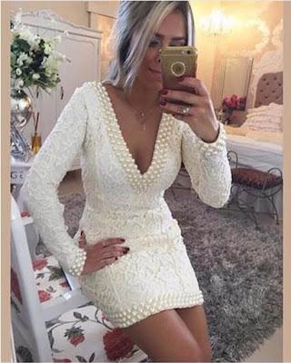 vestido corto elegante con encaje blanco con perlas
