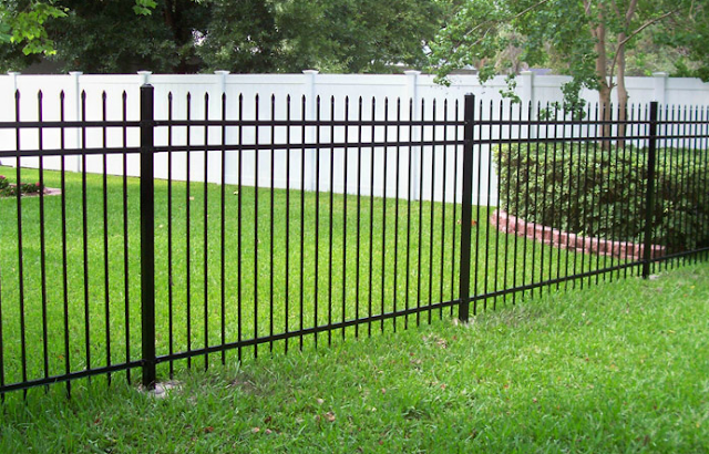 pagar besi untuk rumah minimalis