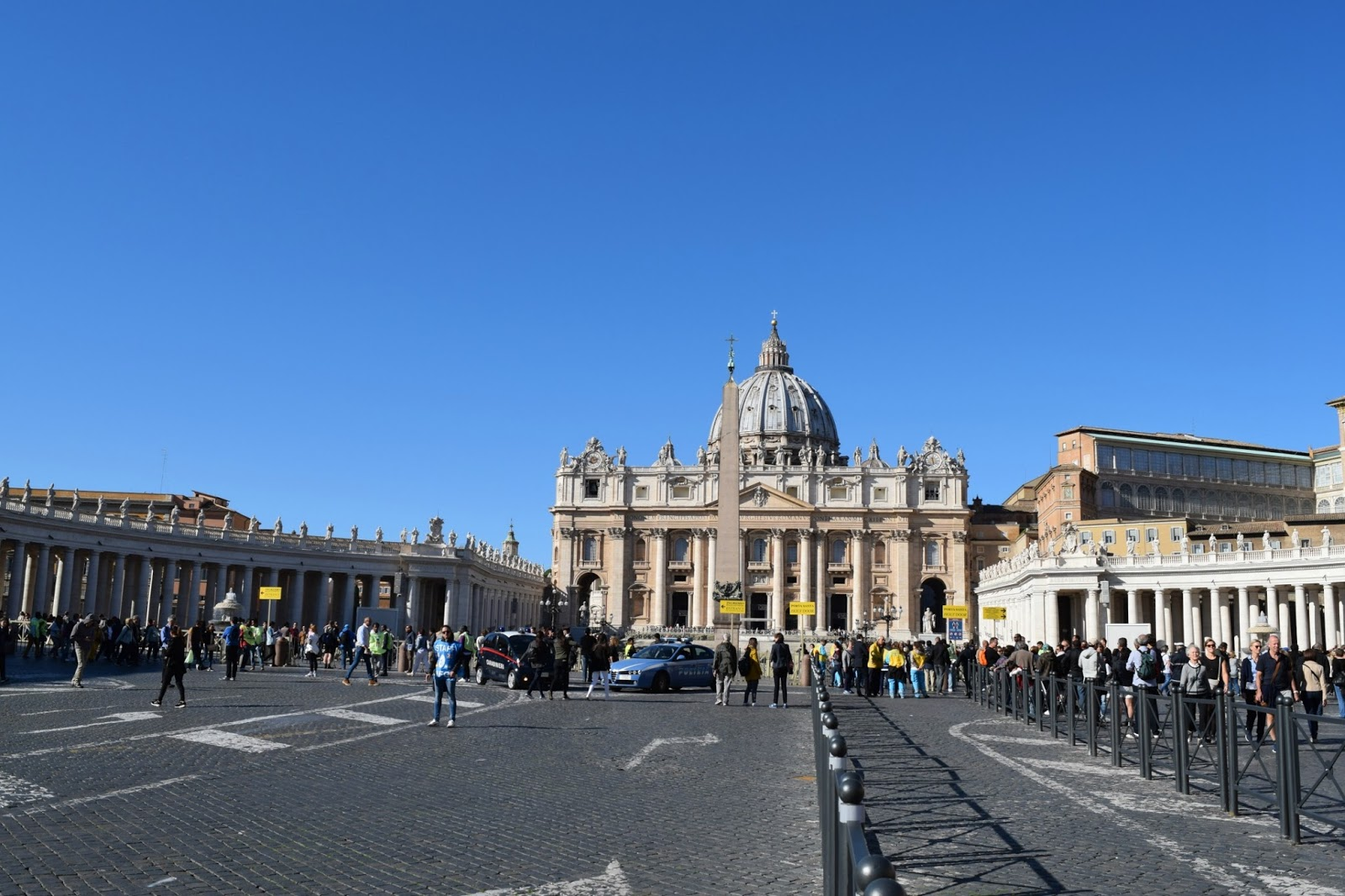 the actual size of st peters square in rome vatican city