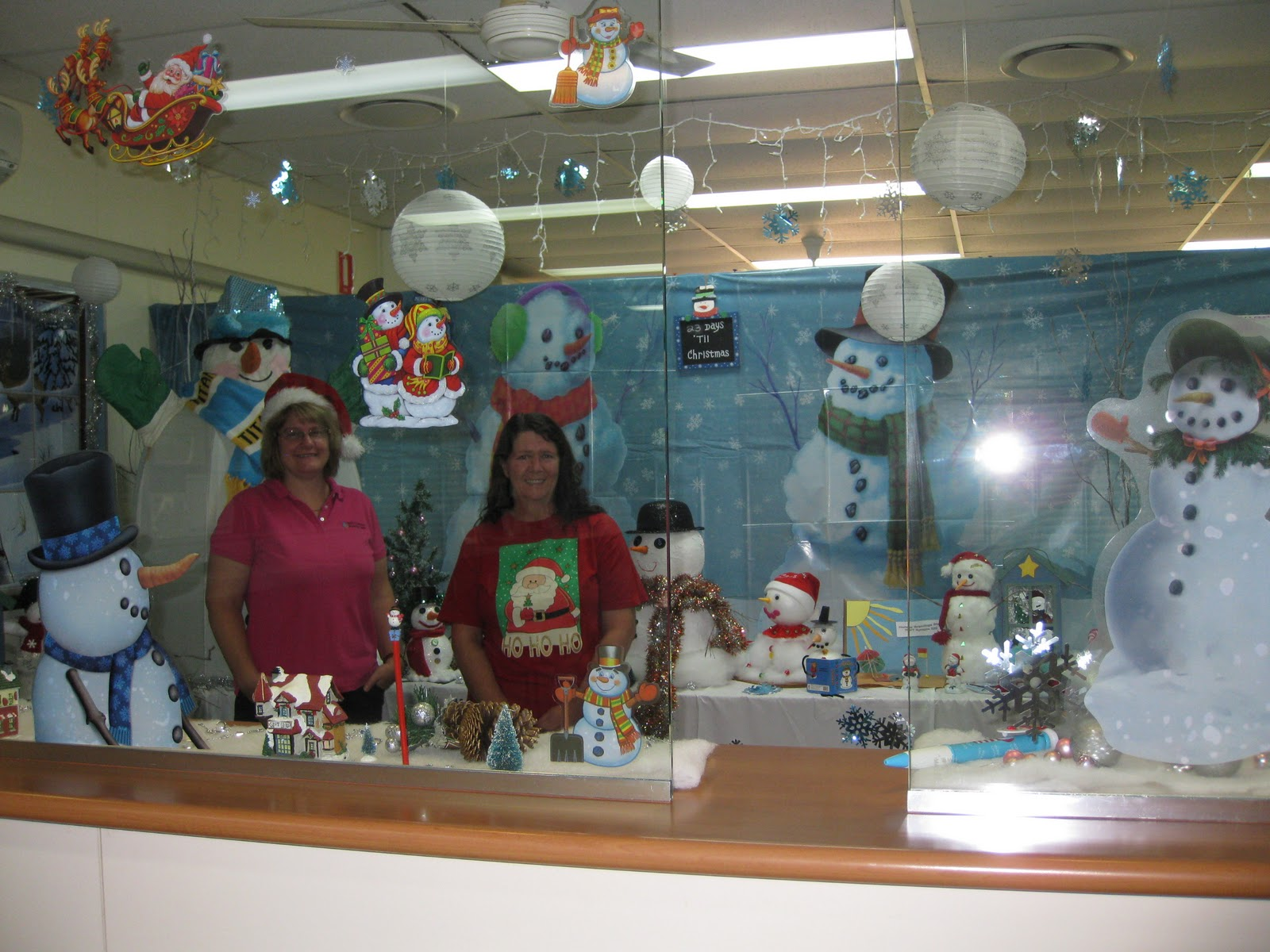 Research  Information Centre Christmas decorations  Gympie Wide Bay Institute of TAFE