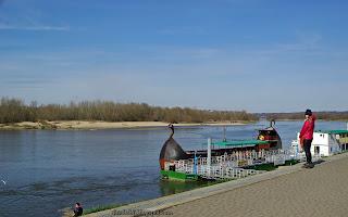 http://fotobabij.blogspot.com/2016/04/kazimierz-dolny-bulwar-kwiecien-2016.html