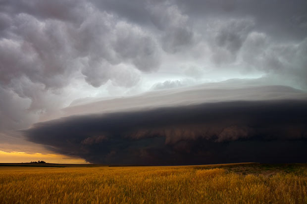 Spectacular pictures of tornadoes, supercells and lightning by storm