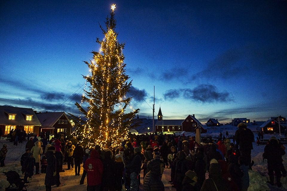 Christmas In Greenland.Ultima Thule Red Orange Christmas Stars Decorate The