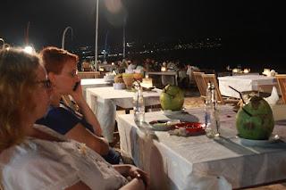 Jimbaran Bali, Wisata Makan Malam Romantis Outdoor