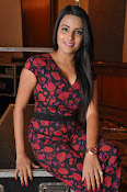 Jyothi Seth New sizzling photo shoot-thumbnail-20
