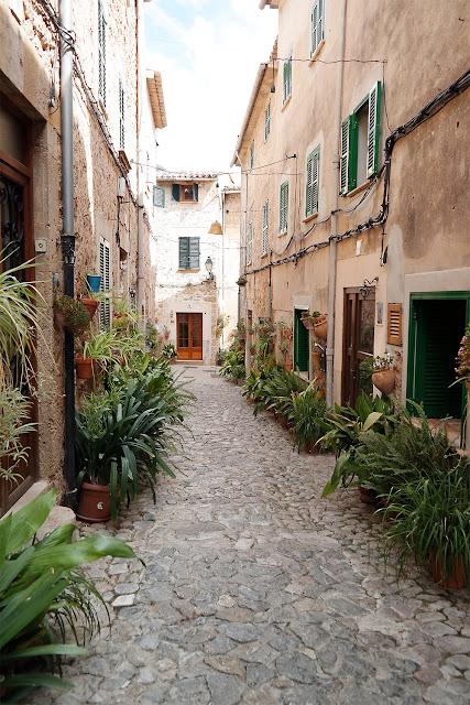 Valldemossa im Westen von Mallorca
