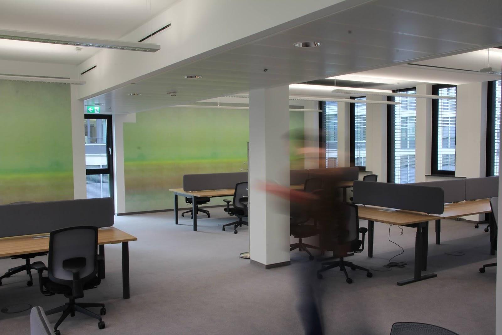 Colour up your office !: Büromöbel in Düsseldorf kauft man bei ...