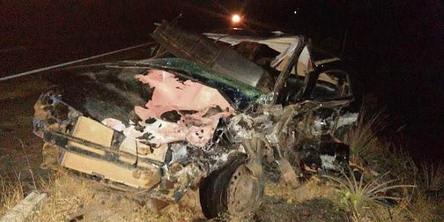 Colisão envolvendo Gol e Kadett deixa uma vítima fatal e quatro feridas na BR 116 Norte