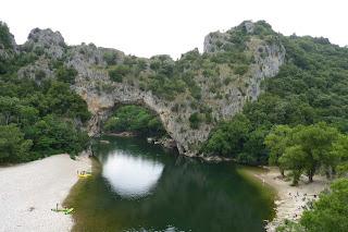 Pont d'Arc, entrada a la reserva natural de las Gargantas del Ardèche.