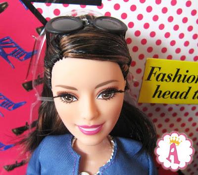 Барби Стайл (Стиль) кукла Ракель шарнирная с ресничками