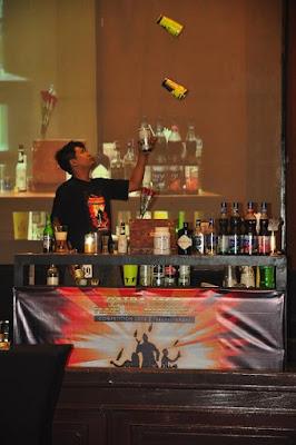 Unjuk Gigi Para Bartender dalam Flair & Mixology Competition