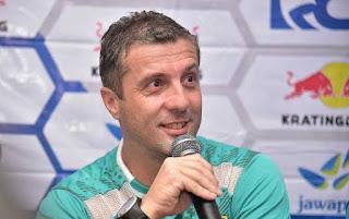 Arema vs Persib Bandung: Radovic Sebut Arema Stress