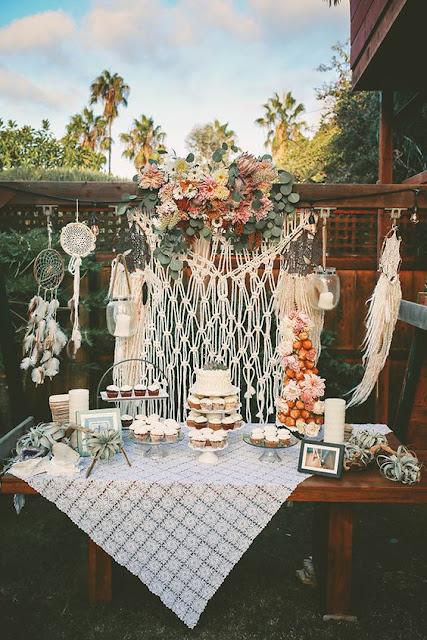 Mesa de dulces para boda bohemia