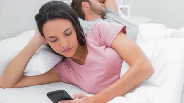 Para Suami Harus Tahu 12 Tanda Istri Selingkuh Dengan Pria lain