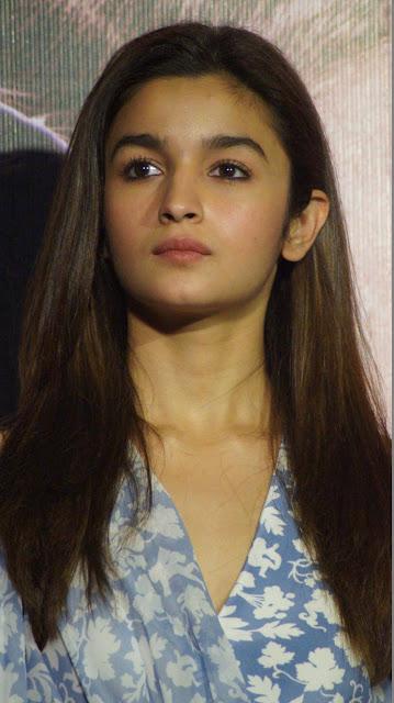 Alia Bhatt Cute Images