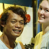 Cinta WN Inggris Polly Vs Khamid Pria Magelang Berawal dari Pantai Bali