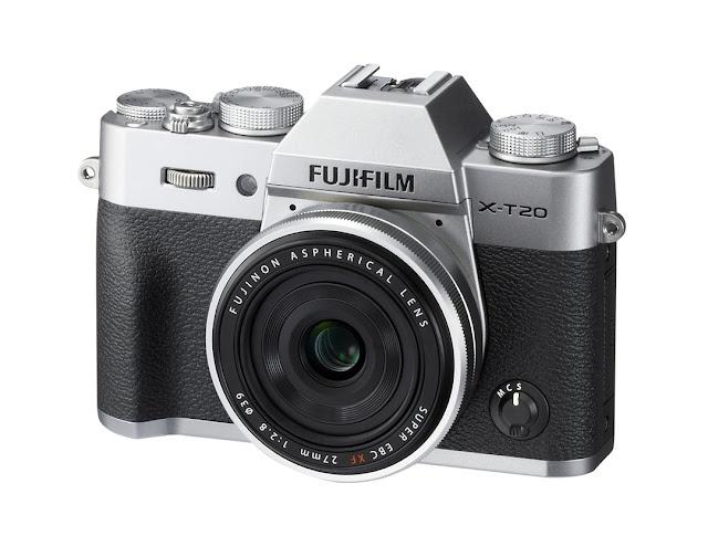 La Fuji X-T20 argento con il 27mm
