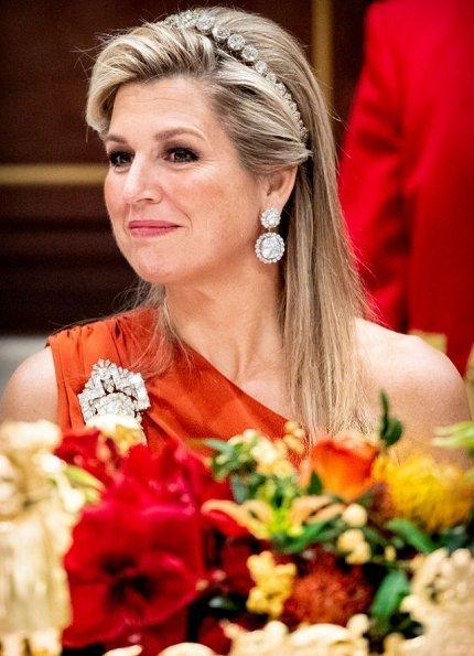 Queen Maxima wore Claes Iversen dress. President Jorge Carlos de Almeida Fonseca and his wife Lígia Dias Fonseca. Princess Beatrix