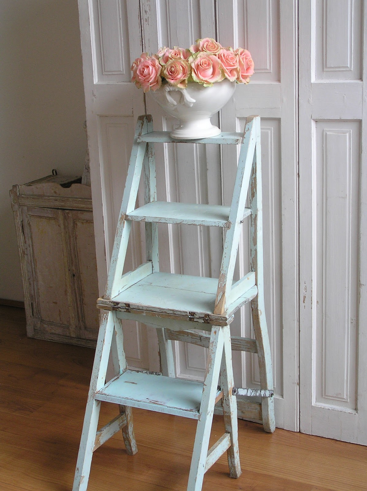 Pastels And Whites Brocante Trap Stoel Old Stool Stepladder