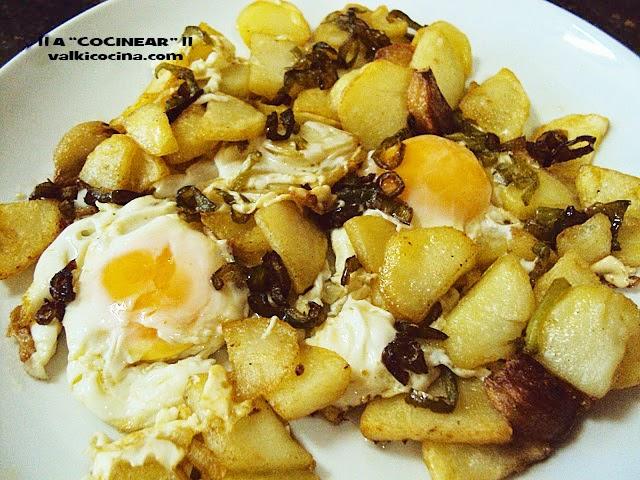 fritada de patatas y huevos