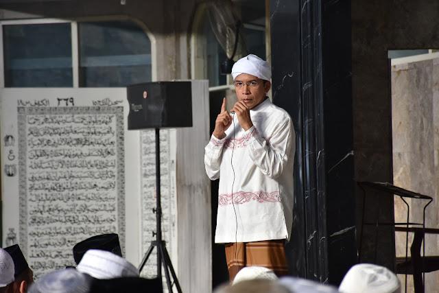 Biodata dan Profil Tuan Guru Bajang Muhammad Zainul Madji
