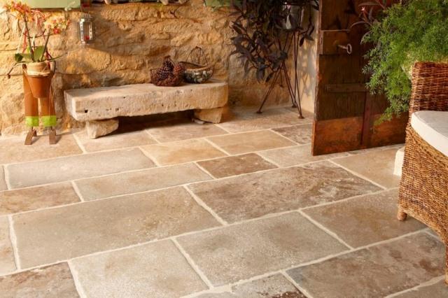 Tips Merawat Batu Alam Pada Lantai Dan Dinding Rumah
