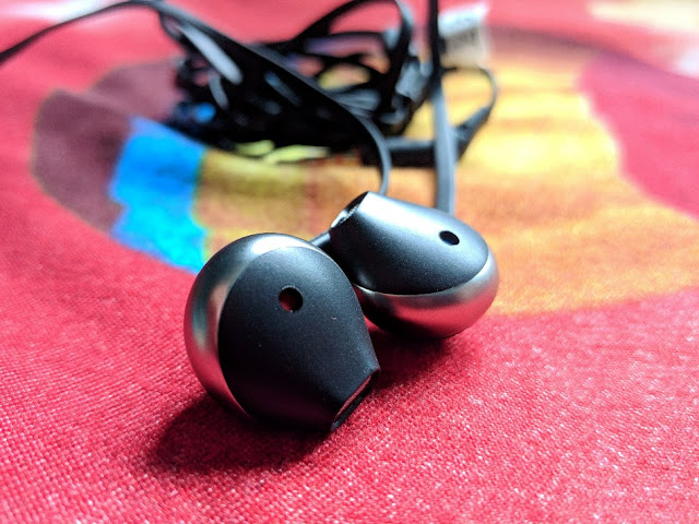 Best Earphones under 1500 ₹