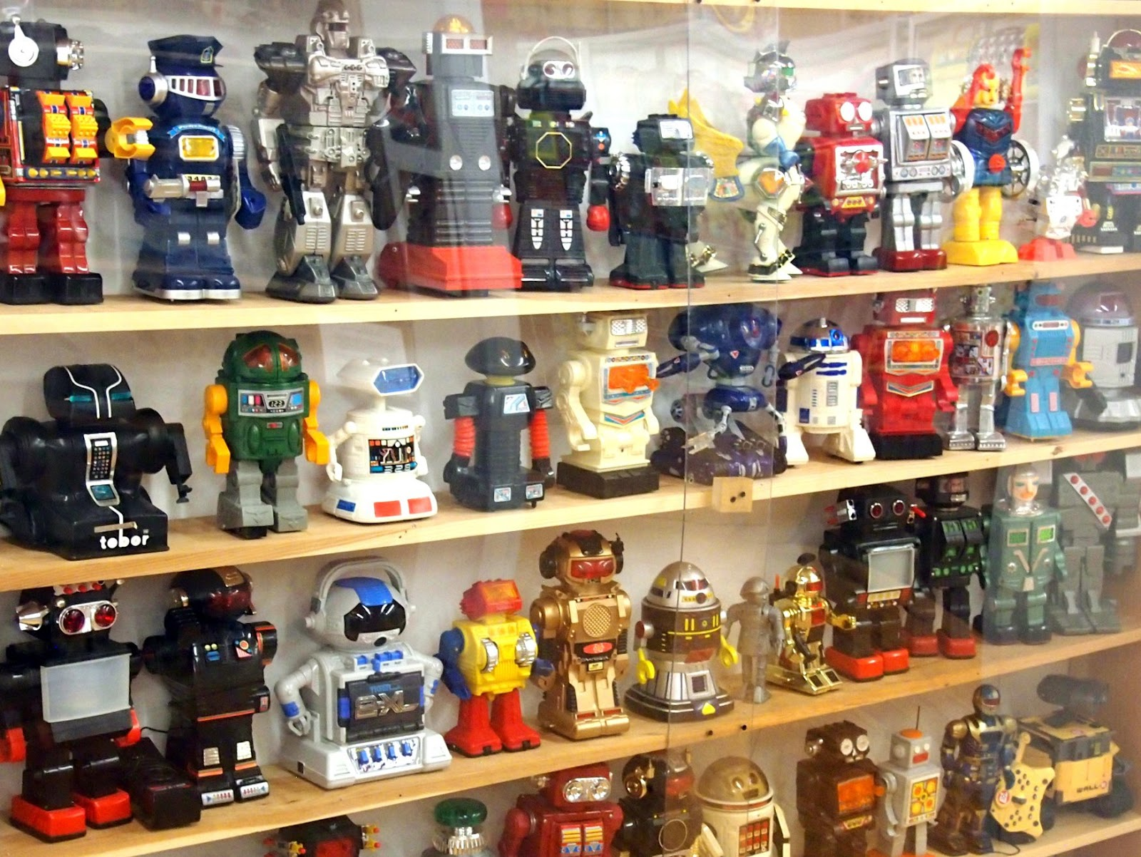 80 Toy Action Figure Shelves - Vermont+Toy+Museum+4__OTIS_Wonderful 80 Toy Action Figure Shelves - Vermont+Toy+Museum+4__OTIS  HD_335488.jpg