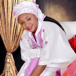 Dandalin Kannywood: Yadda kauna ta sa na baro iyaye na na taho ganin Adam A. Zango – Amina Amal