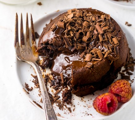 EESY MOLTEN CHOCOLATE LAVA CAKES FOR TWO