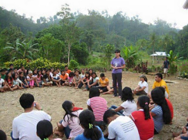 #NoToFoodBlockade: ALCADEV Lumad School Seeks Help From Angel Locsin!