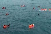 BREAKING NEWS : Sudah 4 Korban Meninggal Ditemukan, Sebagian Besar Penumpang Selamat Dievakuasi Tim SAR dan Warga